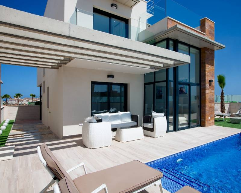 Ref:MEDIMM01 Villa For Sale in Cabo Roig