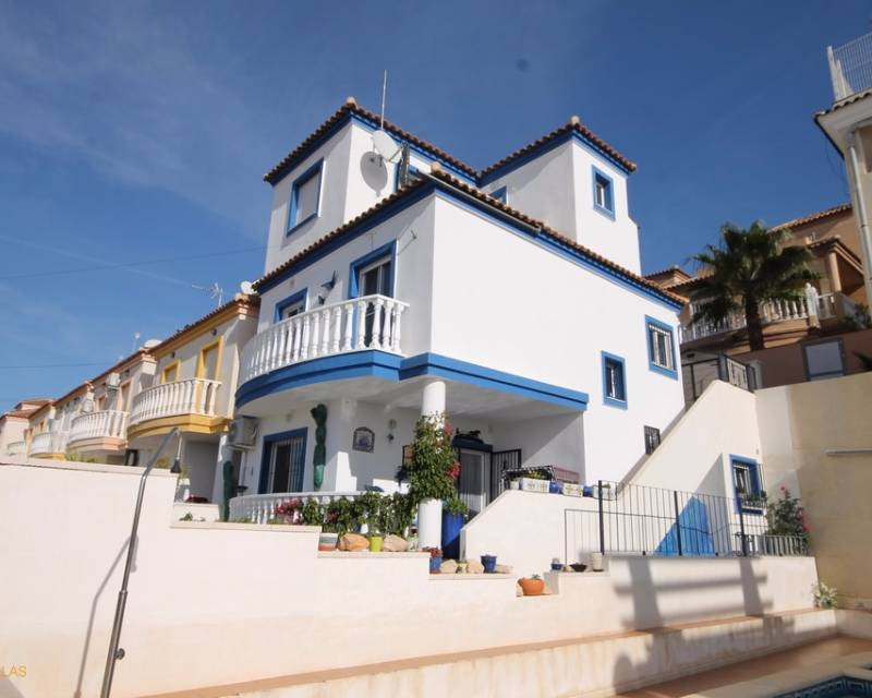 Ref:MEDCV0026 Villa For Sale in Orihuela Costa