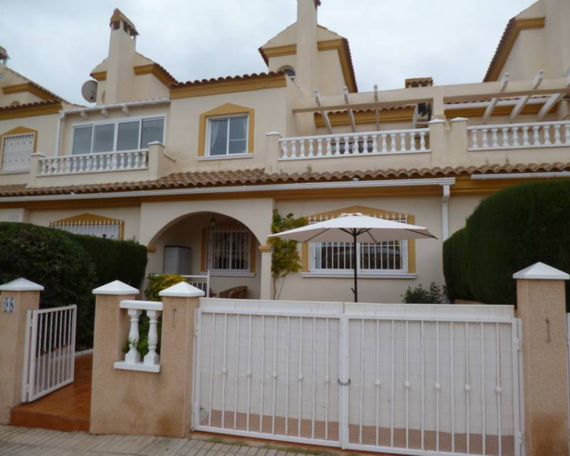 Ref:MEDF4030 Semi Detached Villa For Sale in Orihuela Costa