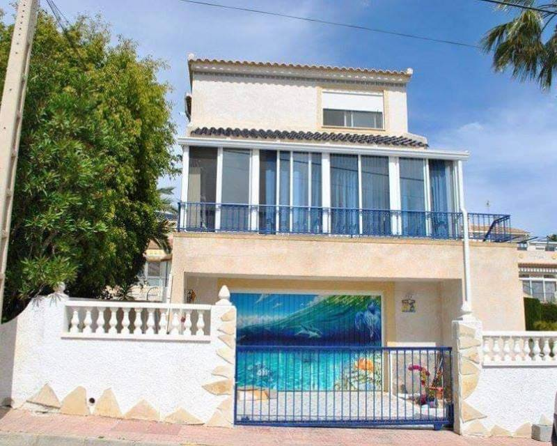 Ref:MED594 Detached Villa For Sale in Orihuela Costa