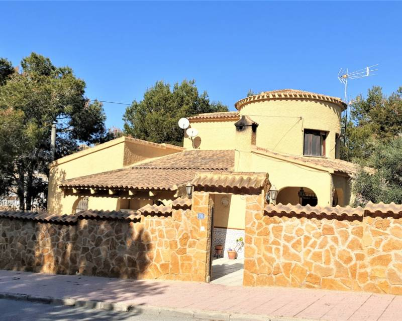 Ref:MED611 Villa For Sale in Orihuela Costa